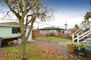 Photo 17: 5374 CULLODEN Street in Vancouver: Knight House for sale (Vancouver East)  : MLS®# R2018666
