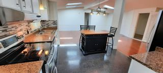 Photo 8: 102 17 Chief Robert Sam Lane in : VR Glentana Manufactured Home for sale (View Royal)  : MLS®# 881814