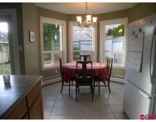 "Photo 2: 11989 WOODRIDGE Crescent in Delta: Sunshine Hills Woods House for sale in ""SUNSHINE HILLS"" (N. Delta)  : MLS®# F2832613"