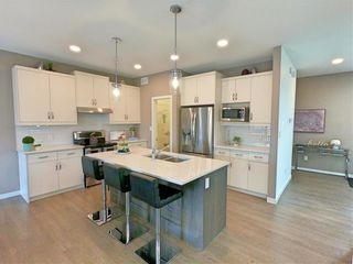 Photo 5: 29 McCrindle Bay in Winnipeg: Charleswood Residential for sale (1H)  : MLS®# 202023573