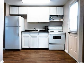 Photo 2: 65 30th Street East in Prince Albert: East Hill Residential for sale : MLS®# SK873806