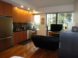 """Photo 25: 613 1333 W GEORGIA Street in Vancouver: Coal Harbour Condo for sale in """"Qube"""" (Vancouver West)  : MLS®# V1024937"""
