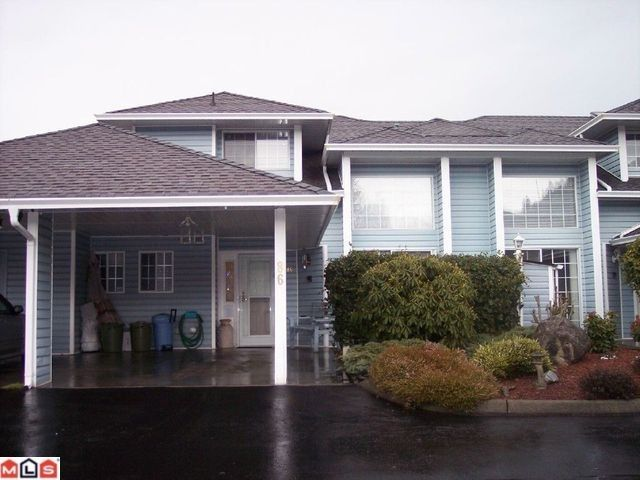 """Main Photo: 86 34959 OLD CLAYBURN Road in Abbotsford: Abbotsford East Townhouse for sale in """"CROWN POINT VILLAS"""" : MLS®# F1101099"""