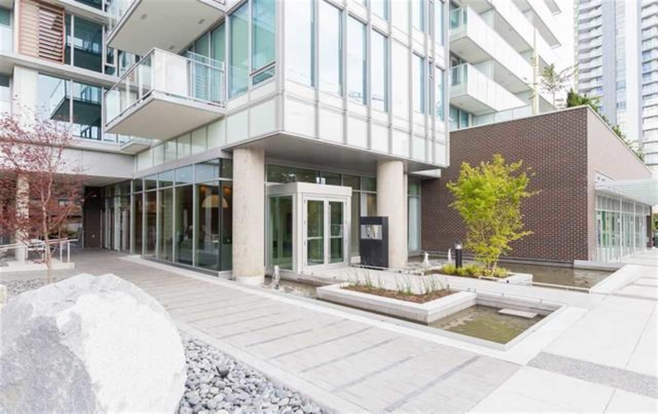 Main Photo: 707 8131 NUNAVUT Lane in Vancouver: Marpole Condo for sale (Vancouver West)  : MLS®# R2557330