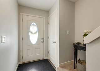 Photo 2: 285 Copperpond Landing SE in Calgary: Copperfield Row/Townhouse for sale : MLS®# A1098530