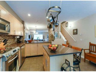 """Photo 11: 150 15168 36TH Avenue in Surrey: Morgan Creek Townhouse for sale in """"SOLAY"""" (South Surrey White Rock)  : MLS®# F1423214"""