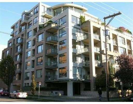 """Main Photo: 1878 YORK Ave in Vancouver: Kitsilano Townhouse for sale in """"YORKVILLE"""" (Vancouver West)  : MLS®# V626636"""