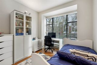 """Photo 10: 205 2175 SALAL Drive in Vancouver: Kitsilano Condo for sale in """"SOVANA"""" (Vancouver West)  : MLS®# R2552705"""