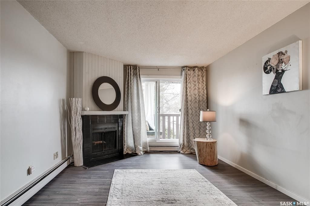 Main Photo: 1123 425 115th Street East in Saskatoon: Forest Grove Residential for sale : MLS®# SK854053