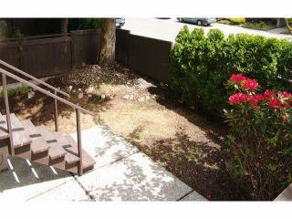 Photo 4: 111 1442 BLACKWOOD STREET: White Rock Condo for sale (South Surrey White Rock)  : MLS®# R2430759