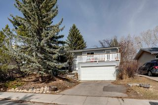 Photo 2: 448 Dalmeny Hill NW in Calgary: Dalhousie Detached for sale : MLS®# A1091772