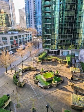 """Photo 3: 603 555 JERVIS Street in Vancouver: Coal Harbour Condo for sale in """"HARBOUR SIDE TOWER"""" (Vancouver West)  : MLS®# R2536707"""