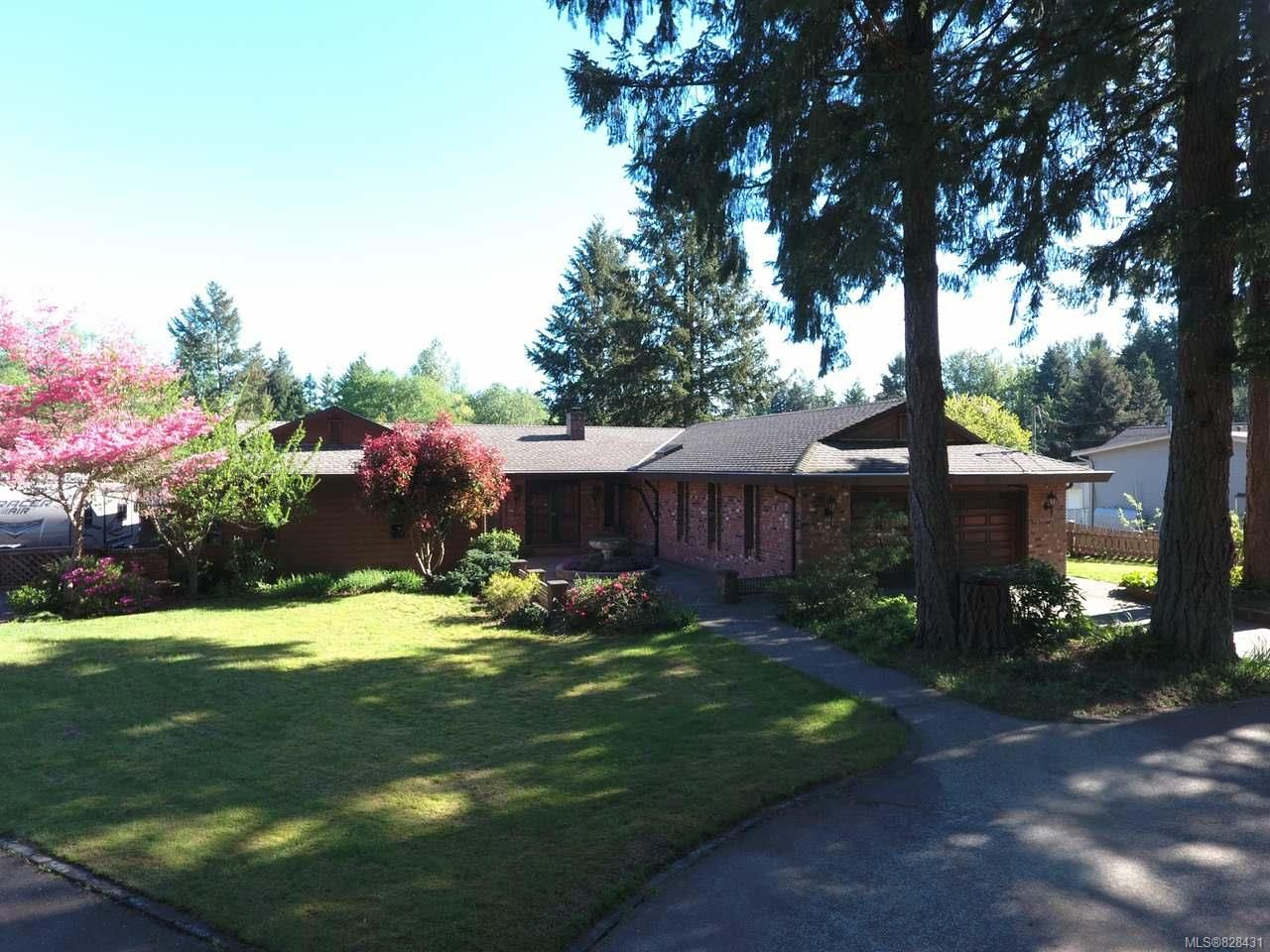 Main Photo: 2258 Salmon Point Rd in CAMPBELL RIVER: CR Campbell River South House for sale (Campbell River)  : MLS®# 828431