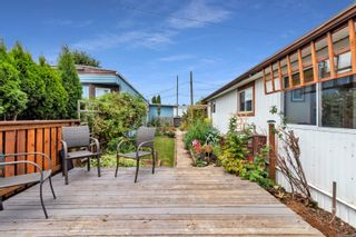 Photo 20: 8 2705 N Island Hwy in : CR Campbell River North Manufactured Home for sale (Campbell River)  : MLS®# 884406