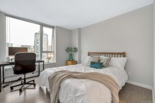 """Photo 12: 2506 688 ABBOTT Street in Vancouver: Downtown VW Condo for sale in """"THE FIRENZE II"""" (Vancouver West)  : MLS®# R2427192"""
