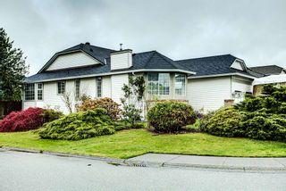 Photo 1: 19726 CEDAR LANE in Pitt Meadows: Mid Meadows House for sale : MLS®# R2262720