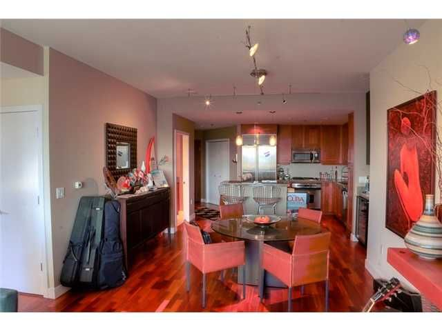 Main Photo: DOWNTOWN Condo for sale : 2 bedrooms : 700 W Harbor Drive #806 in San Diego