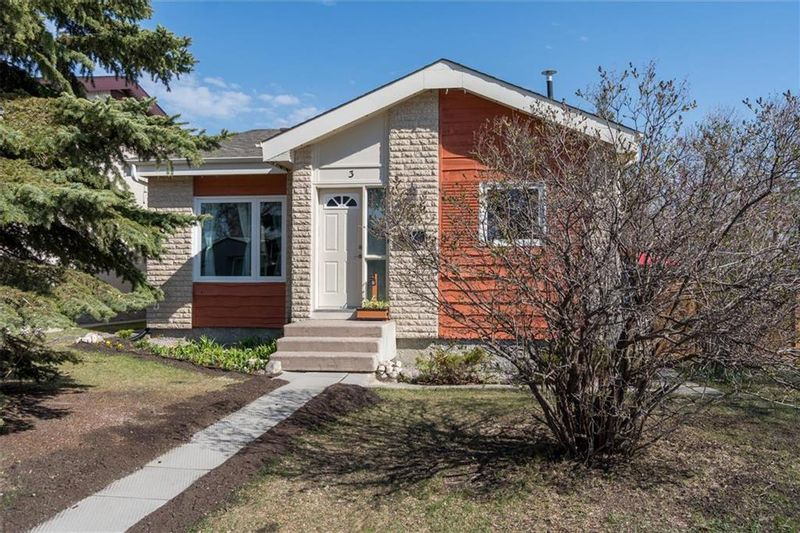 FEATURED LISTING: 3 Sunway Avenue Winnipeg