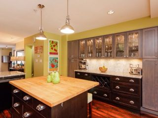 """Photo 5: 8 6651 203 Street in Langley: Willoughby Heights Townhouse for sale in """"Sunscape"""" : MLS®# F1446501"""