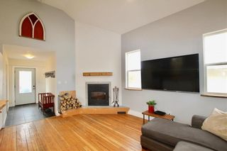 Photo 3: 133 Proctor Street in Woodlands: RM of Woodlands Residential for sale (R12)  : MLS®# 202108246