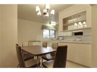 Photo 8: 1 42 Street SW in Calgary: Wildwood Residential Detached Single Family for sale : MLS®# C3634389