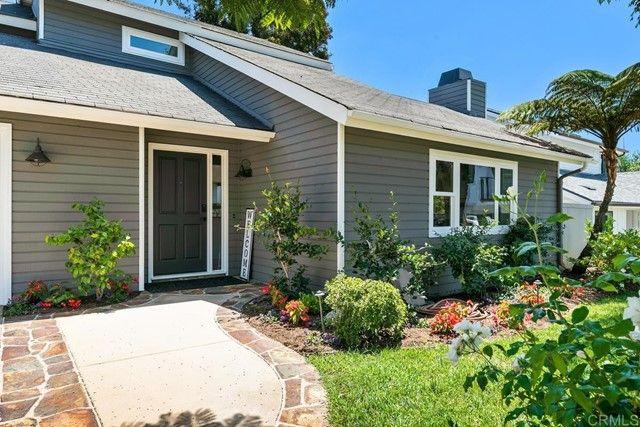 Main Photo: House for sale : 2 bedrooms : 1050 Hygeia Avenue #B in Encinitas