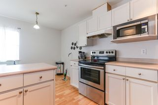 """Photo 14: 301 22722 LOUGHEED Highway in Maple Ridge: East Central Condo for sale in """"Marks Place"""" : MLS®# R2381095"""