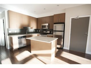 """Photo 8: 404 3294 MT SEYMOUR Parkway in North Vancouver: Northlands Condo for sale in """"NORTHLANDS TERRACE"""" : MLS®# V1037815"""
