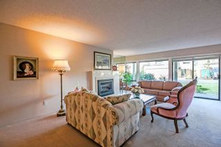 """Photo 4: 3 14045 NICO WYND Place in Surrey: Elgin Chantrell Condo for sale in """"Nico Wynd Estates"""" (South Surrey White Rock)  : MLS®# R2030707"""