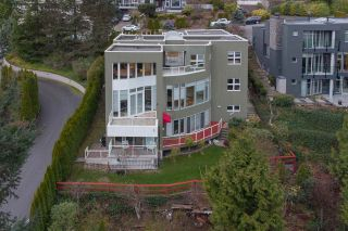 Photo 3: 2548 WESTHILL Close in West Vancouver: Westhill House for sale : MLS®# R2558784