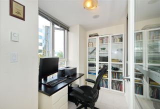 """Photo 12: 306 1030 W BROADWAY Street in Vancouver: Fairview VW Condo for sale in """"La Columa"""" (Vancouver West)  : MLS®# R2388638"""