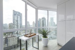 Photo 11: 1607 1188 HOWE STREET in Vancouver: Downtown VW Condo for sale (Vancouver West)  : MLS®# R2403400