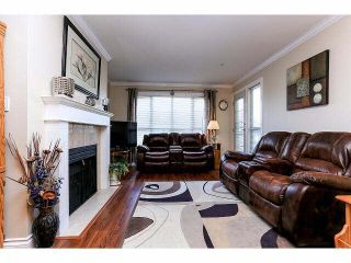 "Photo 4: 307 20727 DOUGLAS Crescent in Langley: Langley City Condo for sale in ""JOSEPH'S COURT"" : MLS®# F1414557"