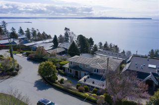 """Main Photo: 14342 SUNSET Drive: White Rock House for sale in """"White Rock Beach"""" (South Surrey White Rock)  : MLS®# R2560291"""