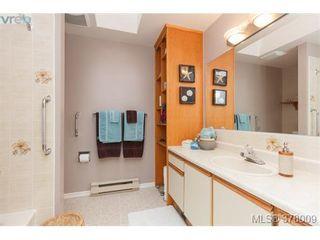 Photo 14: 926 Mesher Pl in VICTORIA: Es Kinsmen Park House for sale (Esquimalt)  : MLS®# 758950