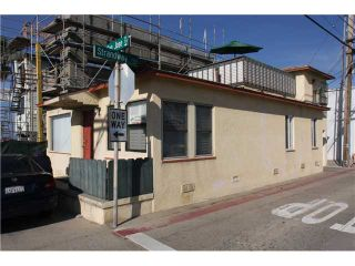 Photo 3: MISSION BEACH Property for sale: 710-712 San Jose in Pacific Beach