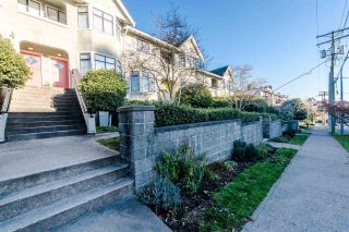 """Photo 2: 13 221 ASH Street in New Westminster: Uptown NW Townhouse for sale in """"PENNY LANE"""" : MLS®# R2018098"""