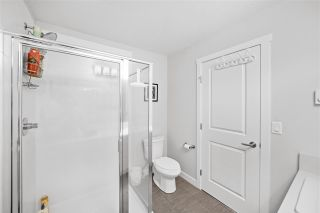 """Photo 14: 39 7169 208A Street in Langley: Willoughby Heights Townhouse for sale in """"Lattice"""" : MLS®# R2476575"""