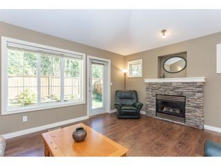 """Photo 5: 24 1175 7TH Avenue in Hope: Hope Center 1/2 Duplex for sale in """"RIVER WYND"""" : MLS®# R2356536"""