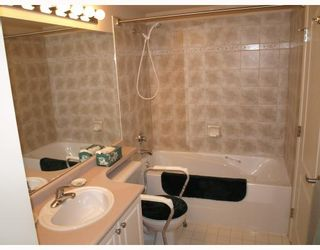 """Photo 8: 609 12148 224TH Street in Maple_Ridge: East Central Condo for sale in """"PANORAMA"""" (Maple Ridge)  : MLS®# V765669"""
