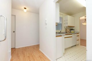 Photo 5: 305 9900 Fifth St in SIDNEY: Si Sidney North-East Condo for sale (Sidney)  : MLS®# 705727