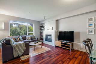"""Photo 1: 301 4723 DAWSON Street in Burnaby: Brentwood Park Condo for sale in """"COLLAGE"""" (Burnaby North)  : MLS®# R2619378"""