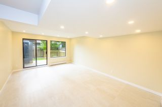 Photo 9: 902 BRITTON Drive in Port Moody: North Shore Pt Moody Townhouse for sale : MLS®# R2443680