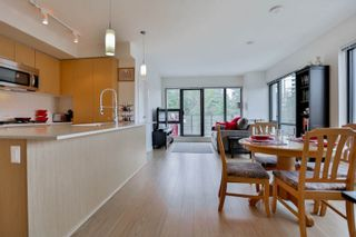 """Photo 7: 303 301 CAPILANO Road in Port Moody: Port Moody Centre Condo for sale in """"The Residences"""" : MLS®# R2031028"""