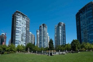 """Photo 22: 1206 1495 RICHARDS Street in Vancouver: Yaletown Condo for sale in """"AZURA II"""" (Vancouver West)  : MLS®# R2591311"""