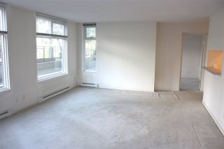 """Photo 5: 204 720 CARNARVON Street in New Westminster: Downtown NW Condo for sale in """"CARNARVON TOWER"""" : MLS®# R2093454"""