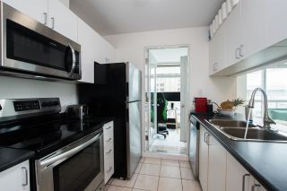 """Photo 14: 2607 438 SEYMOUR Street in Vancouver: Downtown VW Condo for sale in """"Conference Plaza"""" (Vancouver West)  : MLS®# R2574733"""