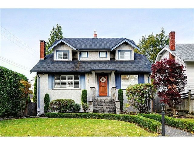 """Main Photo: 3585 W 31ST Avenue in Vancouver: Dunbar House for sale in """"DUNBAR"""" (Vancouver West)  : MLS®# V978491"""