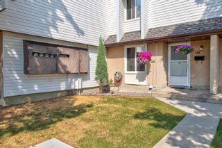 Photo 2: C15 1 GARDEN Grove in Edmonton: Zone 16 Townhouse for sale : MLS®# E4256836
