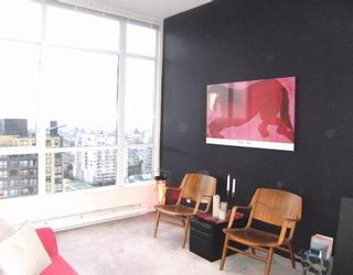 """Photo 2: 2005 5189 GASTON Street in Vancouver: Collingwood VE Condo for sale in """"THE MACGREGOR"""" (Vancouver East)  : MLS®# V812038"""